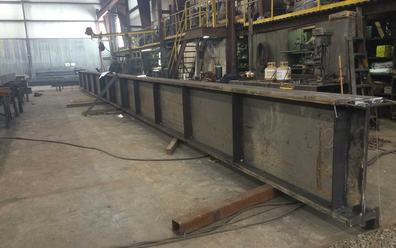 Heavy Weldment Girder Beams photo